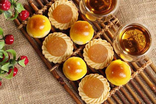 What is in a tart?
